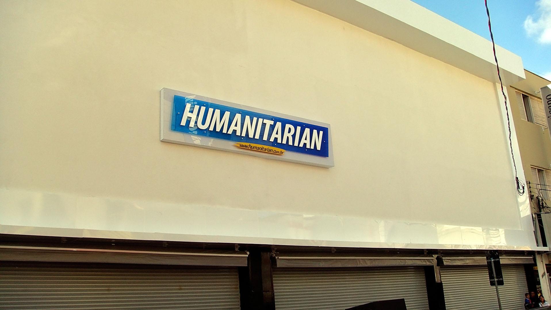 05d5e673a Construção de mais uma loja da rede Humanitarian Calçados no centro de  Piracicaba, interior de São Paulo. humanitarian_piracicaba000